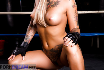 Battle with porn star Kleio Valentien in shorts with tattoos shows pussy lips and round Tits photo #11