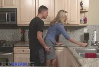 Son molested Mature stepmother and still fucked her
