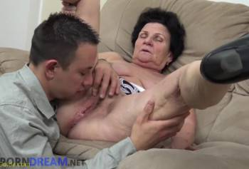 Fuck a 75 year old woman who asked a young cock, sex for money