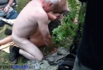 Порно узбечки со стариком на природе