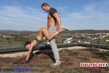 Sex on the roof guy seduced by the beauty and fucked her brains out