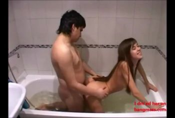 Homemade porn in the bathroom Horny couple